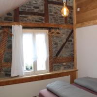 Guesthouse Vögeliwohl, hotel in Fluelen