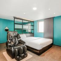 M7 Business Hotel, hotel in Chilgok