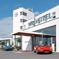 V8 HOTEL Classic Motorworld Region Stuttgart, hotel in Böblingen