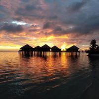 Coconuts Beach Club Resort and Spa, hotel in Fausaga