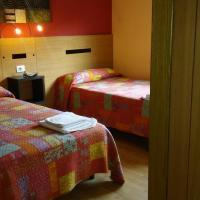 Hostal-Meson Vilasante, hotel in Treacastela