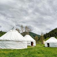 Jyrgalan Yurt Lodge, hotel in Dzhergalan