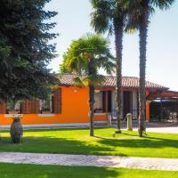 La Brigata Apartments Orange House