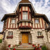 Apakabar Homestay, hôtel à La Rochette