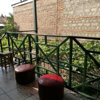 Mariana, hotel in Gori