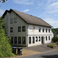 Ferienhaus Vulkaneifel Kopp, Hotel in Kopp