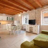 Villa Mama - Traditional Apartments in Omis
