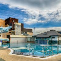 Hotel AquaCity Riverside, hotel en Poprad