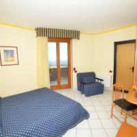 Hotel Lo Smeraldo, hotel a Cisternino