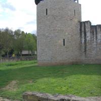 Turm Laange Veit, Hotel in Echternach