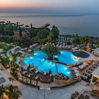 Mediterranean Beach Hotel, отель в Лимассоле