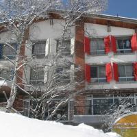 Villa Alpen, hotel in Yamanouchi