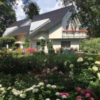 """Villa """"Auszeit"""" - Achtung Buchung nur für vollstaendig Geimpfte -, hotel in Hohen Neuendorf"""