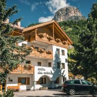 Pension Merisana, hotel in Colfosco