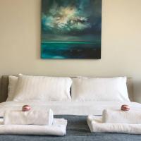 Spacious central 2 bedroom Apartment (sleeps 5)