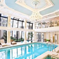 Queen's Court Hotel & Residence, hotell i Budapest