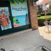 Albergue Turistico Playa de Berria, hotel in Santoña