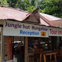 Jungle Hut Bungalow, Hotel in Tonsai Beach