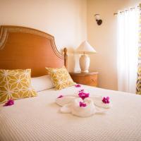 Connie's Comfort Suites, hotel in Saint John's