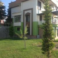 Seyran Seaside Apartments- Green Garden Floor Apartment