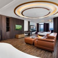 V Hotel Nha Trang, отель в Нячанге