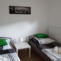 Niederdreisbacher Hütte - moderne Doppelzimmer - EINZELBETTEN -, Hotel in Niederdreisbach