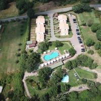Villaggio Le Querce, hotel a Sorano
