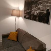 Comfy Parisian studio!