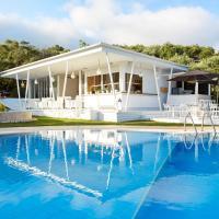 Mr. and Mrs. White Corfu Couples Retreat, hotel in Acharavi
