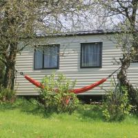 The Valley Static Caravan, hotel in Pembrokeshire