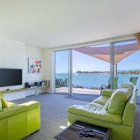 Mapua Wharfside Apartments, hotel in Mapua