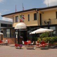 Hotel Gran Delta, hotell i Rosolina