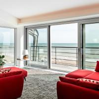 Amazing new beach apartment