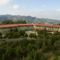 Rodon Hotel and Resort, hotel in Agros