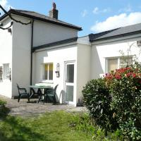 Comfortable Holiday Home in Cardiff with Garden