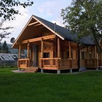 Tadziówka - dom z bali, hotel in Węgierska Górka