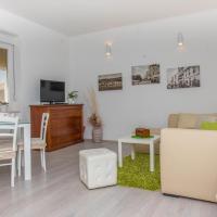 Apartments with WiFi Rijeka - 16021