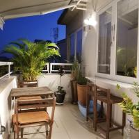 Top floor with balcony in Copacabana