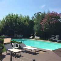 IRIS 1 lago di Como, hotel in Dongo
