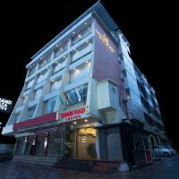 Grand Plaza Suites, hotel in Kozhikode