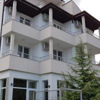Къща за гости Magnolia, hotel in Byala