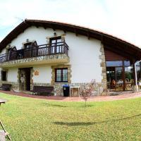 La Wave Surf House & School, hotel in Somo