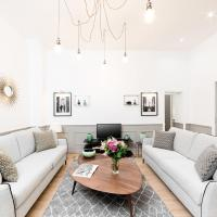 Luxury 3 & 4 Bedrooms Montmartre I by Livinparis