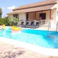 Vacation home Duilo, hotel near Zadar Airport - ZAD, Donji Zemunik