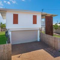 3 Bedroom renovated home, hotel near Townsville Airport - TSV, Belgian Gardens