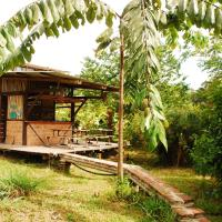 Maracumbo Lodge, hotel em Mompiche