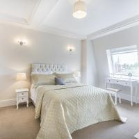 Luxury 2 Bedroom Apartment in South kensington
