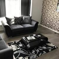 Central 2 Bed Apartment (1)