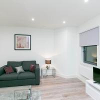 Deluxe Apartments By Heathrow, hotel in Harmondsworth