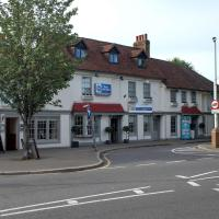 Best Western Ship Hotel, hotel in Weybridge